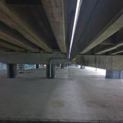 觀山河濱公園(高速公路橋下)